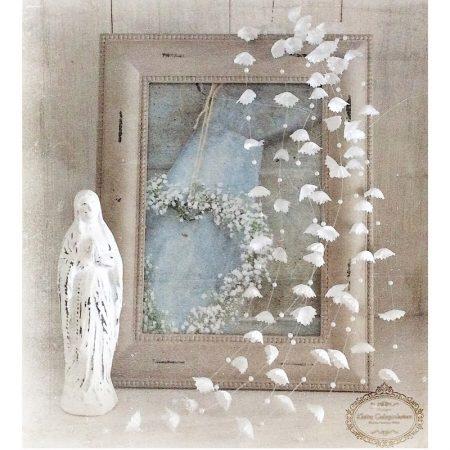 Blütenrispe Ranke Perlen Weiss