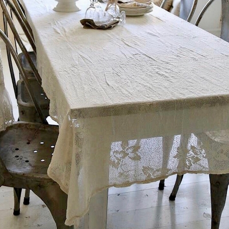 Jeanne d'Arc Living Tischdecke *Spitze* Cream