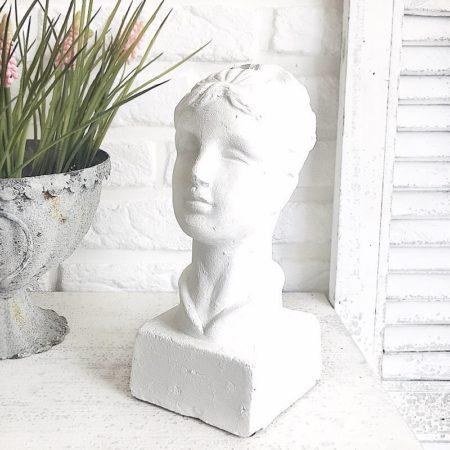 Frauenbüste Weiss 13*10,5*H.24cm