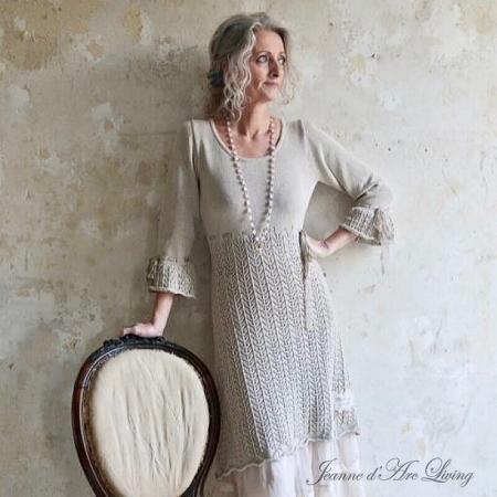 STRICKKLEID mit Spitzenband Kleid Jeanne d'Arc Living